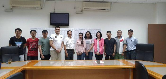 Visiting and supervision KUCSC's  students at Taiwan